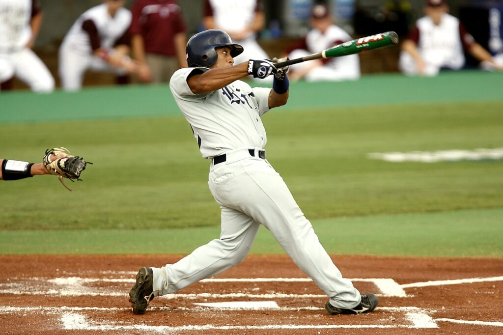 HOW TO STOP STRIKING OUT IN BASEBALL featured image