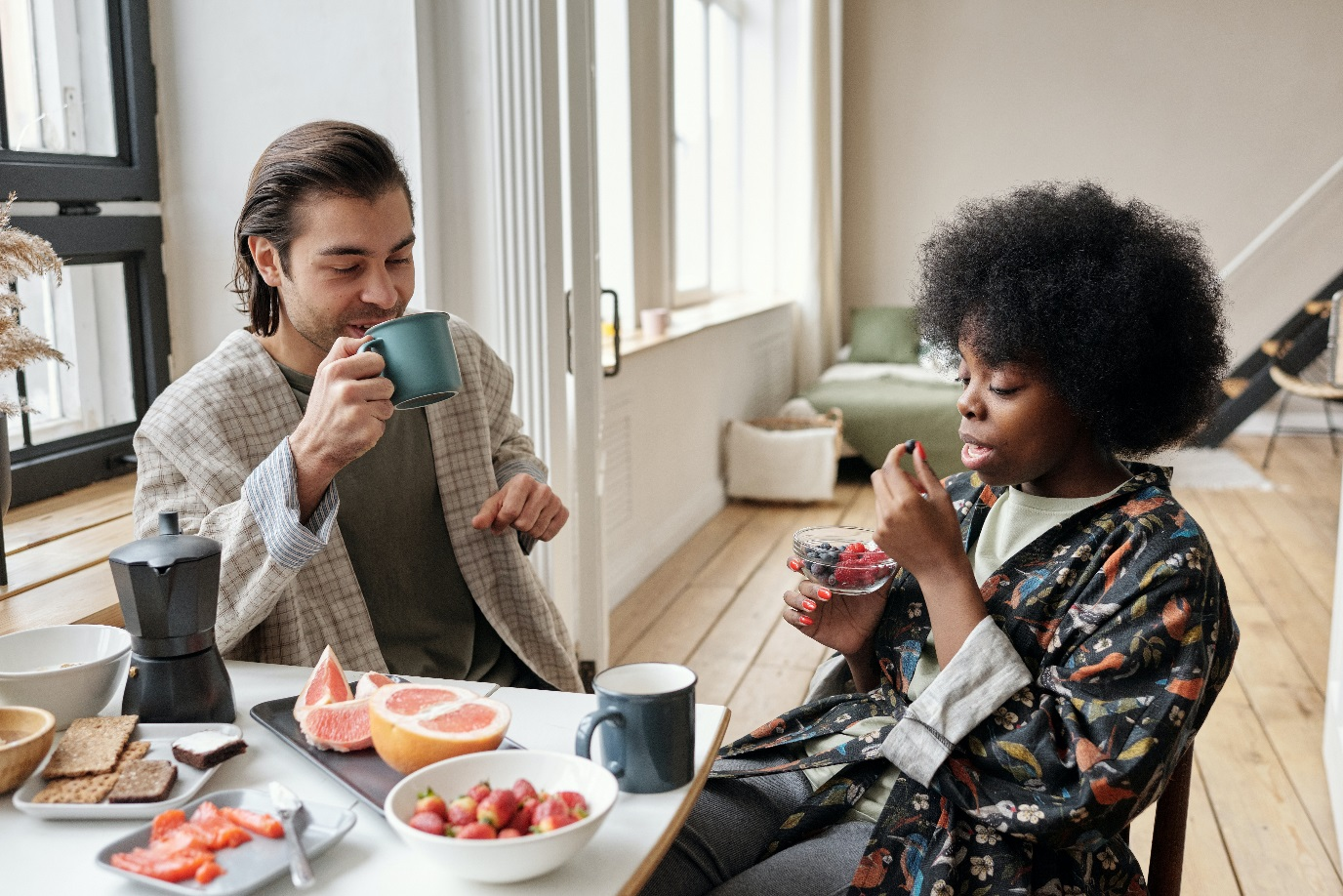 Eating and drinking slowly can improve healthy life